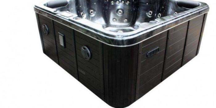Hot Tubs the Latest Must Have